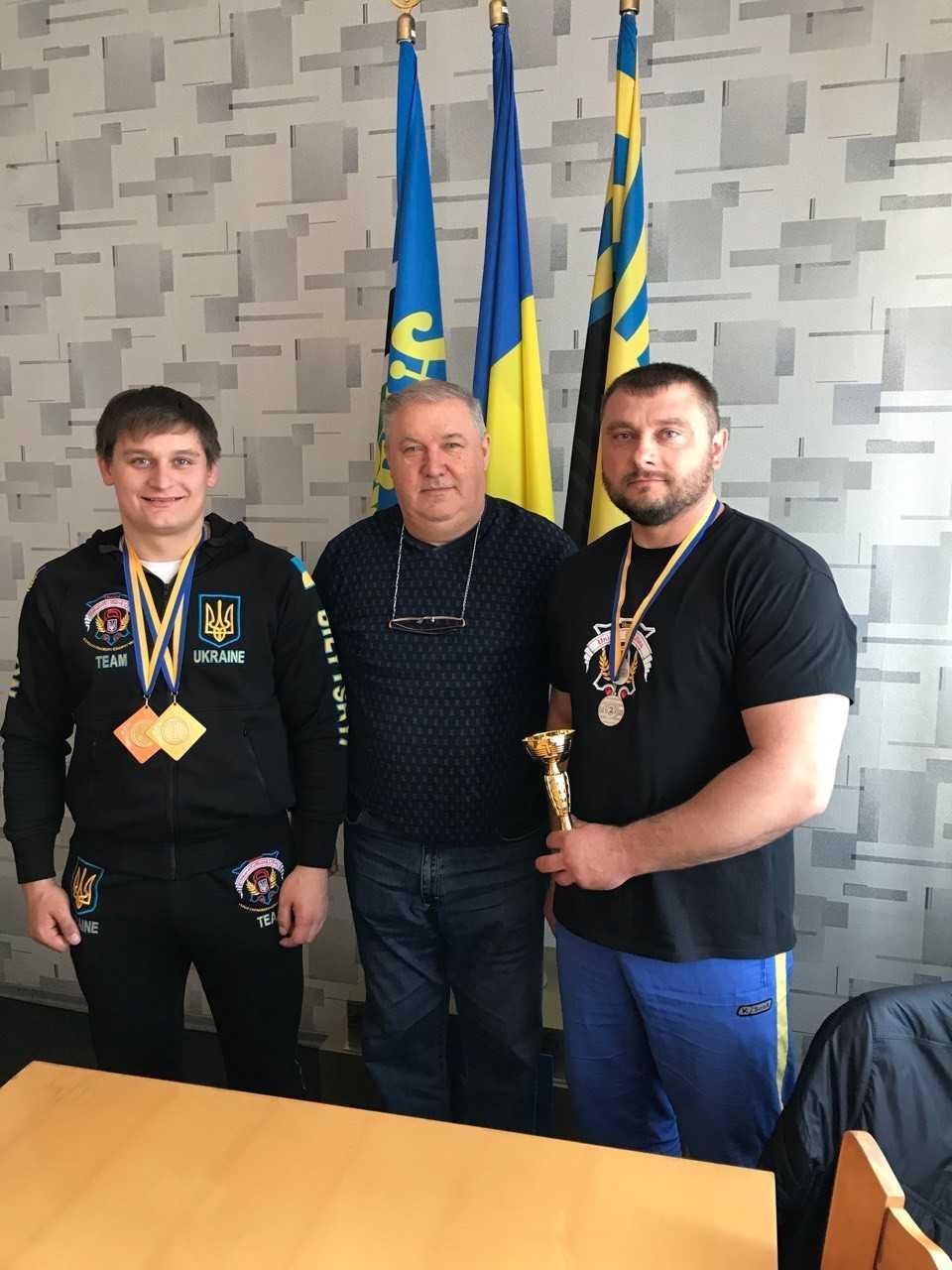 IMG 9c97e9d4937dfd1812a275c639818b08 V - Чемпіон України з гирьового спорту – Білицький Леон.