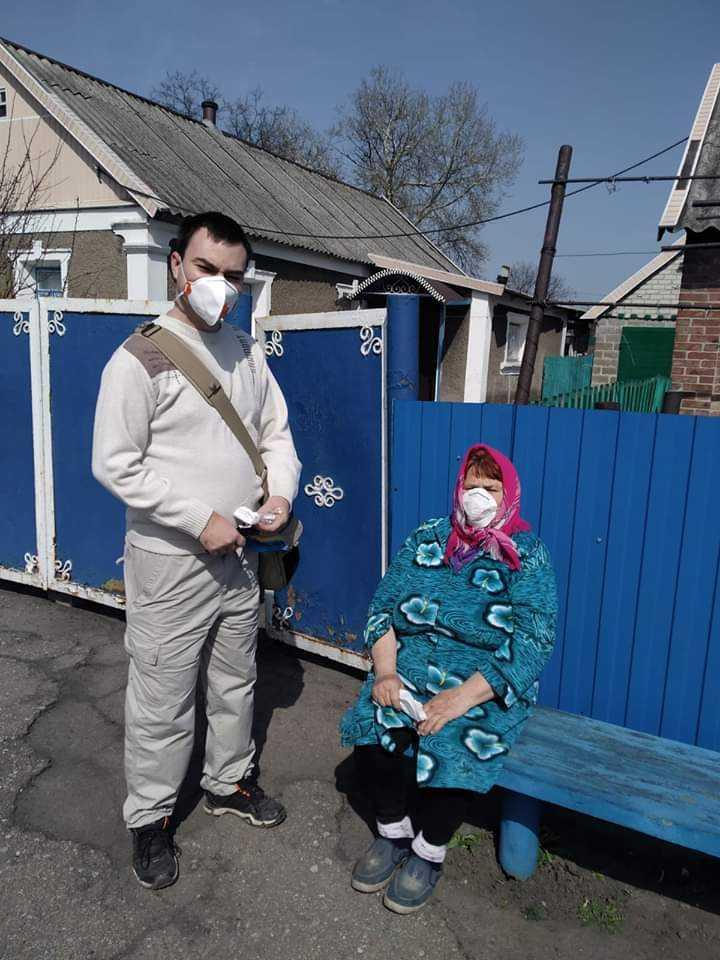 yzobrazhenye viber 2020 03 31 12 26 14 - Добрі справи: активні мешканці району долучились до пошиття захисних масок та пов'язок у домашніх умовах