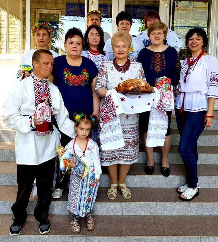 Які ж ми гарні в нашій вишиванці! Всесвітній день вишиванки - день чистої української краси